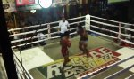 Seltsam wilder Kickbox-Fight